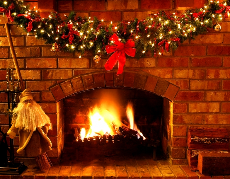 Christmas Cottage Fireplace Living Room At Night